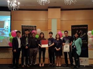 Scoial Venture 1st Plcae Team : Azuan (IPK postgraduate student) on second right